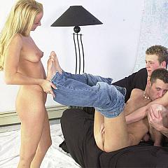 Group bisex.